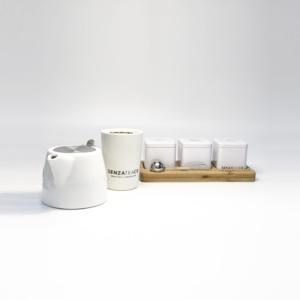 Teacup with bamboo senza tea